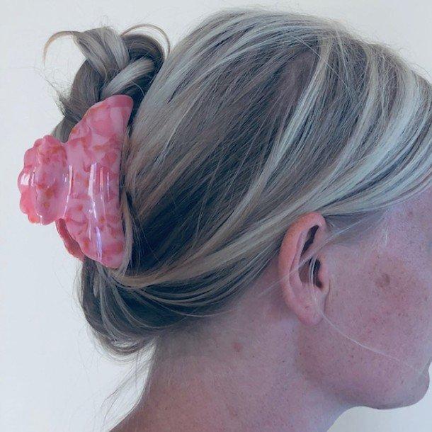 7d3b8b26 Hårklemme med marmor mønster - god til kraftigt hår. Køb nu!